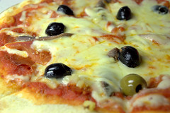 Araba Pizza with Anchovy & Olives (Tony Worrall) Tags: add tag ©2017tonyworrall images photos photograff things uk england food foodie grub eat eaten taste tasty cook cooked iatethis foodporn foodpictures picturesoffood dish dishes menu plate plated made ingrediants nice flavour foodophile x yummy make tasted meal