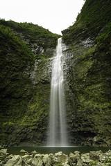 Hanakapi'ai Falls (Ramón M. Covelo) Tags: longexposure naturaleza nature landscape hawaii waterfall paisaje falls cascada kawai hanakapiai largaexposición