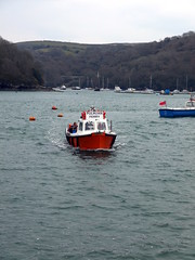 Polruan Ferry (Worthing Wanderer) Tags: grey coast spring cornwall cloudy harbour path windy estuary april fowey dull southwestcoastpath