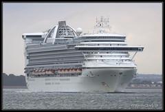 Caribbean Princess (leightonian) Tags: uk island boat ship unitedkingdom isleofwight solent cruiseship gb isle cowes wight iow