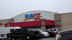 KMART #3911 COLUMBIA, PA (COOLCAT433) Tags: building sign this still little no columbia location pizza pa ave inside but has caesars kmart on the 3975 3911 a