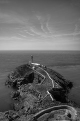 SOUTH STACK LIGHTHOUSE, SOUTH STACK ROCK, ANGLESEY, NORTH WALES, UNITED KINGDOM. (ZACERIN) Tags: irish paul lighthouses north stack the in united south christopher wales photography rock blackwhitephotos north sea of photos kingdom irish lighthouse uk lighthouses wales anglesey lighthouses zacerin anglesey picures holyhead