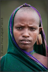 Surma, Peuple de l'Omo, Éthiopie - Suri, people of the Omo, Ethiopia ( Jean-Yves JUGUET ) Tags: africa boy tree field kid child artistic culture tribal east tribes bodypainting tradition ethiopia tribe ethnic rite arbre surma adornment pigments ethnology tribu suri ethiopie ethnie suris kibish nomadicpeople tulgit peopleoftheomovalley turgit peuledelavalléedelomo