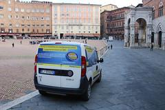 Poste Italiane (So Cal Metro) Tags: italy poste italia mail fiat postoffice tuscany delivery siena postal van minivan toscana mailtruck doblo posteitaliane
