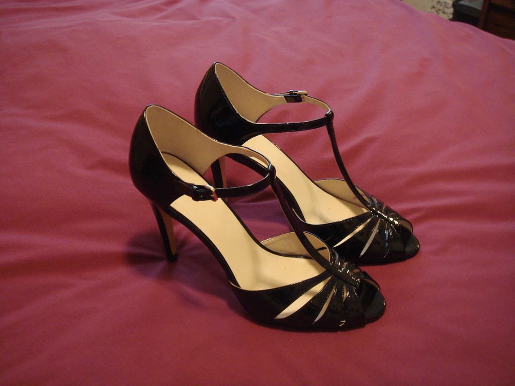 adult t strap shoe transvestite