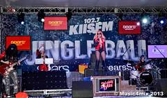 Bonnie McKee (Music4mix) Tags: california music usa cute sexy girl beautiful fashion losangeles nikon village stage center event american singer blonde fashionista fm staples bonniemckee kiis music4mix d7000