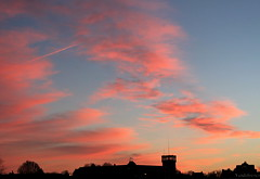Maastricht - 2013 (Vendalist) Tags: city pink sunset sky en silhouette clouds maastricht photography zonsondergang fotografie wolken sfinx roze sjiek avondrood sjoen vendalist