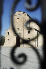 Montecosaro (Mc), chiesa Santa Maria Piè di Chienti (www.turismo.marche.it) Tags: montecosaro macerata provinciadimacerata marche destinazionemarche spiritualità meditazione chiesa santamariapièdichienti