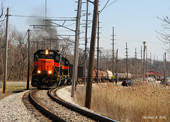CSS 805 @ Miller, IN (Michael Polk) Tags: chicago south shore bend railroad css sd382 miller gary indiana csx east af5 freight train electric