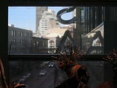 1st Avenue from SAM's window (Blinking Charlie) Tags: sam seattleartmuseum 1stavenue streetscape window seattle washingtonstate usa 2017 blinkingcharlie africanmask canonpowershots110