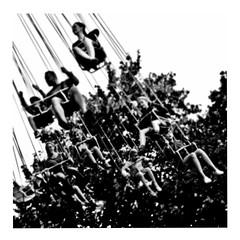 tiefenschärfe (japanese forms) Tags: ©japaneseforms2017 ボケ ボケ味 モノクロ 日本フォーム 黒と白 bw blackwhite blackandwhite blancoynegro bokeh candid dof monochrome radian random schwarzweis square squareformat strasenfotografie straatfotografie streetphotography tiefenschärfe vlaanderen zwartwit