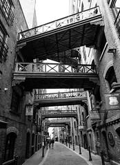 Bridge Pont Brücke Most Brug Puente (Douguerreotype) Tags: london monochrome bridge people blackandwhite uk british buildings street mono architecture city britain urban gb bw england