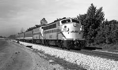 Flagstop (DJ Witty) Tags: railroad locomotive emd dieselelectric train rr commuter passenger passengertrain f9ph f7 marc