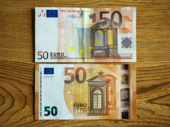 Old and new €50 note (turgidson) Tags: p1130010 note currency cash money euro € 50 fifty ireland bray wicklow old new replacement panasonic lumix dmc g7 panasoniclumixdmcg7 panasonicg7 micro four thirds microfourthirds m43 g lumixg mirrorless 20mm f17 asph panasonic20mmf17asph 20mmf17 20mmf17asph prime lens primelens pancake hh020 silkypix developer studio pro 7 silkypixdeveloperstudiopro7 raw zone eurozone european central bank europeancentralbank ecb eu union europeanunion paper legal tender legaltender