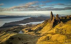 Early Morning Storr (Wim Air) Tags: bernhardwimmer old man storr scotland highlands green morning grass rocks sea wimairat
