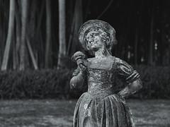 Garden statue (Tim Ravenscroft) Tags: statue garden ringing sarasota monochrome blackwhite hasselblad x1d