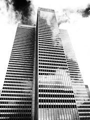 Place Ville Marie (Duric) Tags: architecture montréal centreville noiretblanc blackandwhite em1 blancoynegro nuages édifice building olympus place villemarie modernisme styleinternational