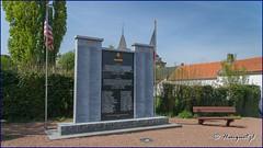 Aubin Neufchateau (hanquet jeanluc) Tags: 2017 aubin aubinneufchateau monuauxmorts monumentsoldatsus neufchateau soldats qdub liege belgium be