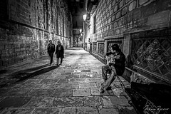 The Street Musician (Mario Rasso) Tags: mariorasso nikon street streetphotography music guitar spain barcelona barriogotico urban d810