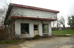 Mott City Gas Station (~ Lone Wadi ~) Tags: kentucky abandoned