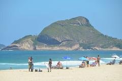 Praia da Barra (Marlucia.Barros) Tags: riodejaneiro beach praias