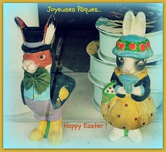 Easter<>Pâques.2017 (France-♥) Tags: easter pâques bunny lapin deux two souhaits wishes 1208 sonoma inawindow vitrine fabuleuseenfêtesp