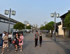 DSC_0566 (H Sinica) Tags: suzhou 蘇州 東北街 步行街 pedestrianwalkway