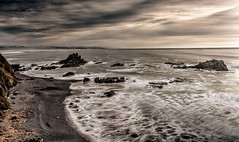 Yaquina Head - Looking South (Don3rdSE) Tags: don3rdse 3rdsiblingphotography canon canon5d 5d eos february 2017 or oregon coast oregoncoast beach point scenic seascape travel weather ocean water lighthouse yaquinahead surf