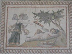 Mosaic of Psyche and Eros (Richard & Jo) Tags: museum turkey mosaic eros antioch psyche antakya hatay mosaicmuseum erosandpsyche psycheanderos antakyamuseum hataymuseum hatayarchaeologymuseum rnj2013bangkenturk antiochmuseum