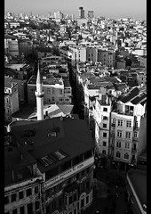 istanbul (giuseppe pascale) Tags: door travel roof light sky people urban bw white house black brick tower window glass skyline architecture turkey concrete grey minaret istanbul mosque patio antenna steet density satelite gpfoto sigma1770 nikond40 giuseppepascale giuseppepascalephotography