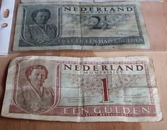 Nederlandse Guldens (Arthur-A) Tags: netherlands museum nederland queen juliana gulden banknote florijn guilder koningin florin bankbiljet bankbillet