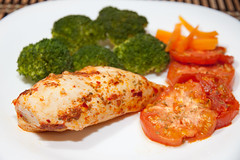 Chicken with Harissa & Tomatoes (Mihai Macarie) Tags: chicken canon harrisa t1i