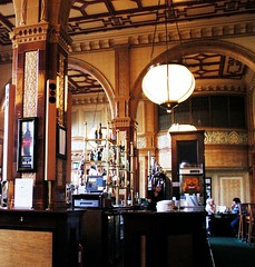 Tiles Cafe, Bar & Bistro