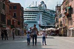 Ship ahoy (gerhard.1962) Tags: italien venice italy nikon ship ships venedig schiff kreuzfahrtschiff schiffe cruiseliner d90 nikond90 viagalibaldi
