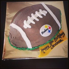 Steelers cake, Pittsburgh, PA, www.birthdaycakes4free.com