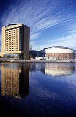 Belfast - East Bank: dramatic shot across river