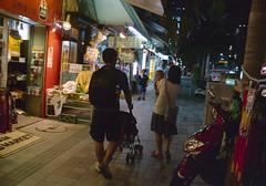 国際通り 歩くひとたち Naha-si, Okinawa (ymtrx79g ( Activity stop)) Tags: street color slr film japan analog nikon kodak 35mmfilm okinawa 135 沖縄 街 写真 銀塩 フィルム nikonnewfm2 那覇市 nahasi kodakultramax400 nikonainikkor35mmf2 歩行走行 walkandrun 201310blog