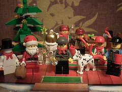 Seasons greeting 2013 (Paranoid from suffolk) Tags: toys advent calendar lego minifigs merrychristmas collectibles seasonsgreetings minifigures 2013