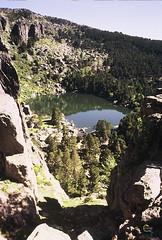 Laguna Negra de Urbin (Historia de Covaleda) Tags: espaa naturaleza rio relax puente spain fiesta paisaje laguna pinos soria senderismo lagunanegra pinar tradicion duero urbion actos covaleda