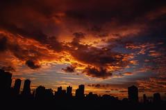 Red Morning (Jessica Pimentel) Tags: morning red orange color contrast lens landscape nikon laranja vermelho contraste vista mm 105 18 prdios manh 18105 silhueta d90