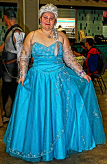 Frozen Queen 0836 (JTOcchialini) Tags: illustration costume championship airport florida cosplay miami wrestling south cartoon january super center convention 17 through yaya nan 19 jt fsc animate minicon kpop animatemiamicom jtocchialini jtpi mackol87aolcom
