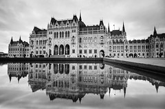 EMBEDDED (Rober1000x) Tags: reflection architecture reflections mirror arquitectura europa europe hungary budapest parliament historic architect reflejo 2014 historicheritage