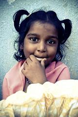 முகம் (Kals Pics) Tags: face portrait cwc chennaiweekendclickers roi rootsofindia eyes girl smile happiness children kid redhills thiruvallur tamilnadu chennai india childhood happy tiruvallur expressions sweet cute life people kalspics