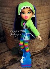 (Linayum) Tags: bratz bratzdoll bratzjade bratzmusicfestivalvibes mga doll dolls muñeca muñecas toys juguetes linayum jade