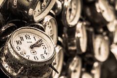 Tempus fugit (pepsamu) Tags: clock reloj watch time tiempo tempus fugit 1100d canon analoguewatch alarmclock