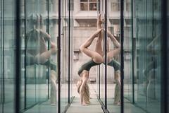 (dimitryroulland) Tags: nikon d600 85mm 18 dimitry roulland dance dancer handstand balance sport performer art natural light mirror reflection