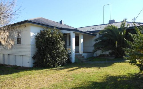 1 Zouch, Young NSW 2594