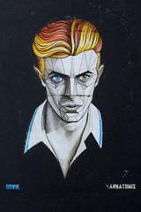 UK - Birmingham - Bowie Street Art_DSC4063 (Darrell Godliman) Tags: ukbirminghambowiestreetartdsc4063 streetart graffiti birmingham brum davidbowie bowie annatomix