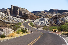 Road to the Badlands (isaac.borrego) Tags: uploadedviaflickrqcom road desert badlands bigbend nationalpark texas canonrebelt4i unitedstates america usa