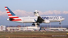 "N343AN American Airlines Boeing 767-323(ER)(WL) ""Oneworld"" s.c. (Nick Air Aviation Photography) Tags: img1853 n343anamericanairlinesboeing767323erwl landing travel milanomalpensa milanmxp aviationphotography nickairphotography planesspotting boeing767 americanairlines a"